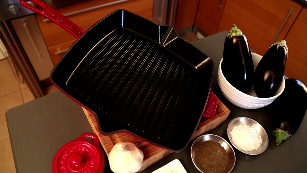 the ridges on the grill pan render the perfect grilled effect to your meats and veggies with staubu0027s grill pan you can indulge in genuine indoor grilling - Staub Grill Pan