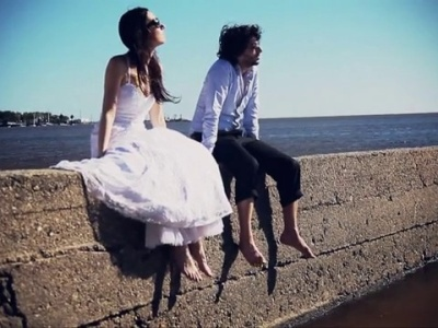 Trash the dress en Colonia, Uruguay
