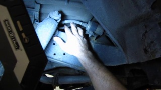 Fuel Filter Replacement On Rover Vehicles