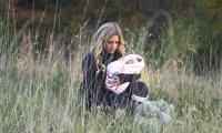 Thumbnail for Newborn Photo Shoot / Outdoor Shoot Part 2