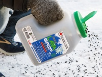 Video: LavaGrip | Eco-Friendly Ice Melt Alternative