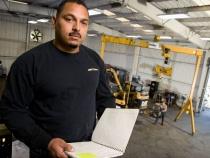 Testimonio sobre mantenimiento de equipo de construcción