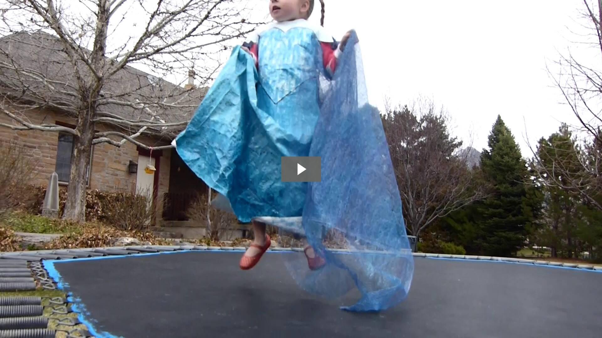 Frozen Princess Singing