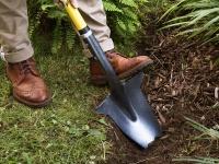 Video: Spear Head Spade | Ergonomic Pointed Garden Spade