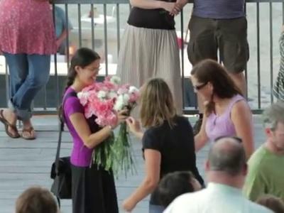 Flasmob para compromiso sorpresa, Jack y Theresa en el ICA, Boston, MA