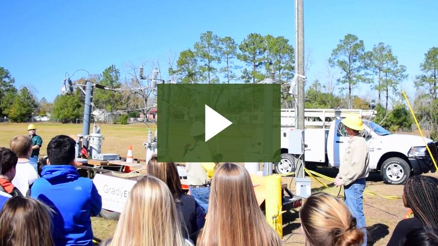Grady EMC Live Line Demonstration at Washington Middle School (1)