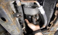 Oil Filter Change On An LR3 Or Range Rover