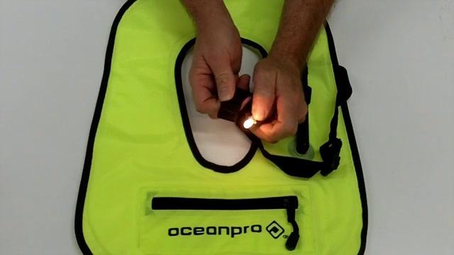 Snorkel Vest Co2 Operate a Snorkeling Vest