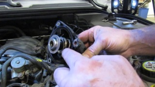 Thermostat Replacement Options On LR3