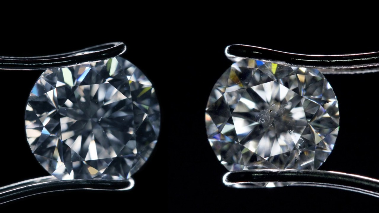 Diamonds of the same clarity grade can look very different
