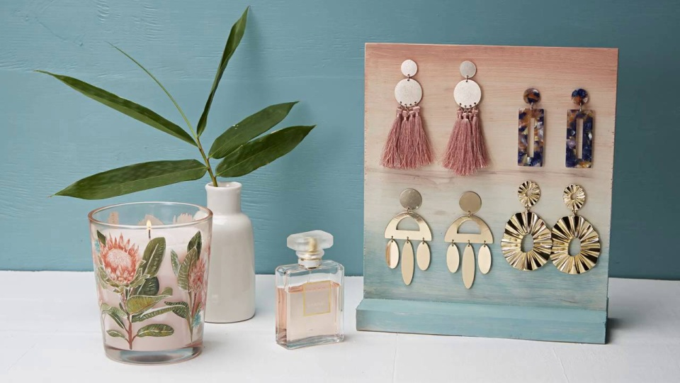 Habitat TV Video: Organise your earrings