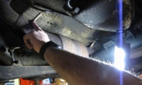 Oxygen Sensor Service On Range Rover P38, D90 Or Discovery I video screen shot