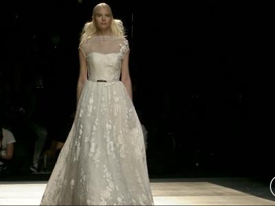 Desfile de Inmaculada García 2016: novias con mucho estilo