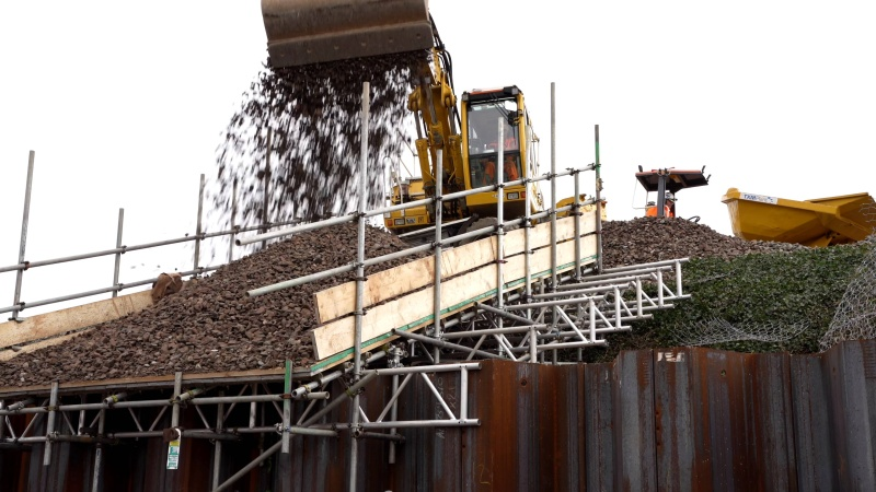 Refurbishing & Strengthening of River Parrett Viaduct - Removing & Relaying Railway Track