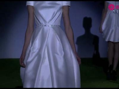 Desfile dos vestidos de noiva de Miquel Suay 2014