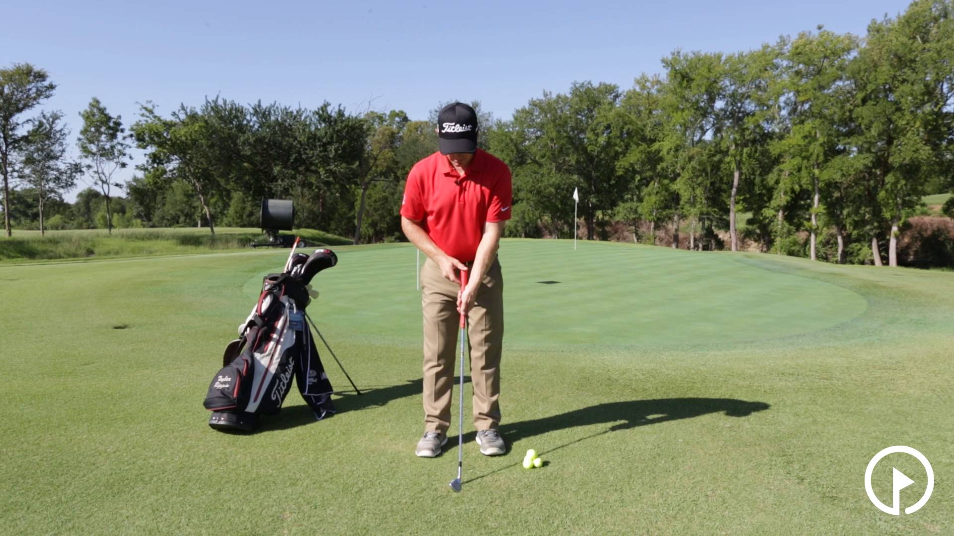Chipping Technique: Grip Adjustments for Solid Contact