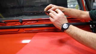 Wiper Blade Replacement: Defender 90 And 110