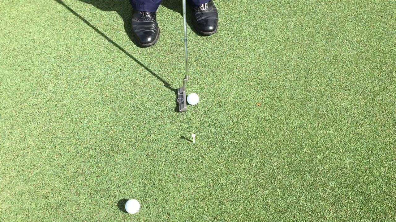 Quarter Drill Teaches Good Rhythm with Putter