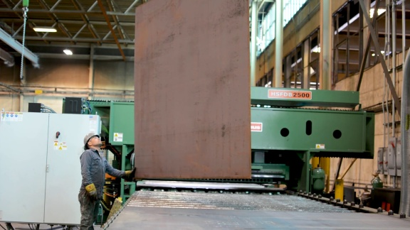 Heavy Steel Plate Production with B&B Iron Works Inc.