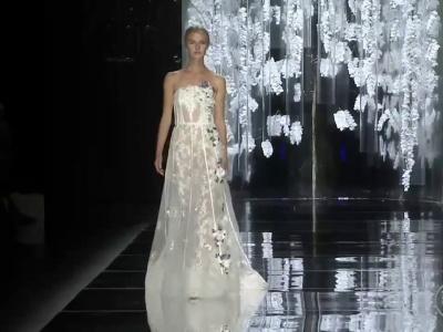 Suknie ślubne couture: YolanCris 2016!