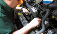Serpentine Belt Replacement On Defender 90 Or Discovery I video screen shot