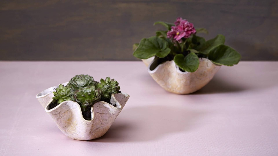 Habitat TV Video: Create your own clay pots