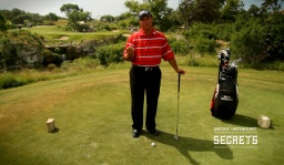 Harvey Penick Secrets: Right Knee in Chipping