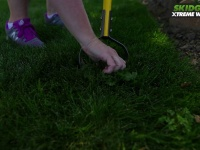 Video: Skidger | Ergonomic Garden Weed Removal Tool