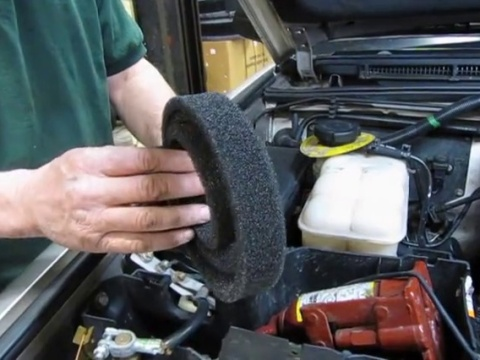 Cabin / Pollen Filter Service On Discovery 2