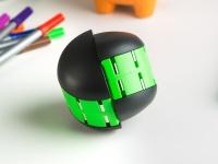 Video: TrueChallenge   Magnetic Puzzle Game