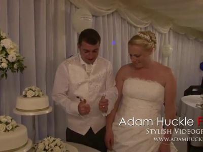 Bloopers del pastel de boda de Adam Huckle Films Videography Funny Outtake